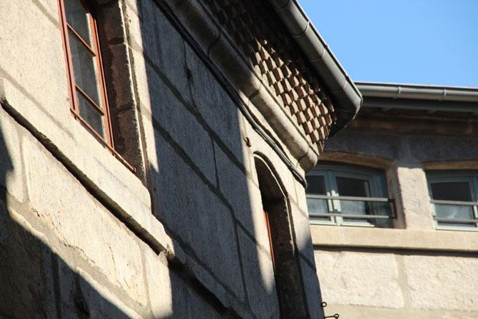 Maisons anciennes, rue Denis Escoffier, Saint-Etienne © H. Jacquemin