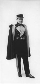 Élève en grande tenue 1932 © Ass. ICM