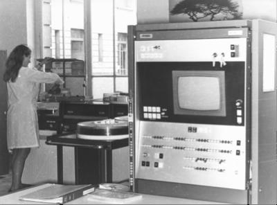 Les premiers pas de l'informatique à l'École des Mines, 1970 © EMSE