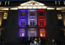 Une mise en lumière artistique et innovante de la façade de l'École !